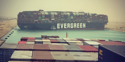Evergreen container ship blocking the Suez canal