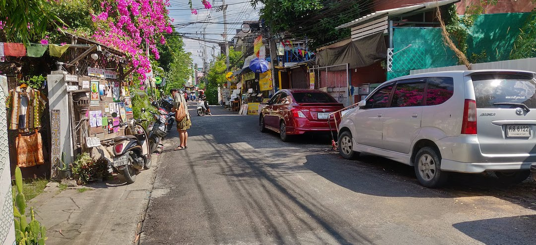 Quiet back street in Chiang Mai